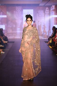 Shyamal and Bhumika Bridal Collection 2015 - Shyamal Bhumika Bridal Lehenga, Saree Wedding, India Wedding, Wedding Wear, Indian Attire, Indian Outfits, Indian Clothes, Indian Bridal Week, Reception Sarees