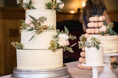Purppurahelmen juhla- ja  fantasiakakut: Seminaked  syyskakku häihin Seminaked Wedding Cake, Bolos Naked Cake, Pillar Candles, Table Decorations, Home Decor, Ideas, Weddings, Decoration Home, Room Decor