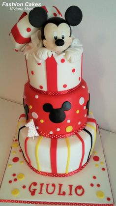 Mickey Mouse Cake  - Cake by fashioncakesviviana