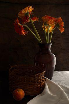 Peach and Flowers ¶by Luiz Laercio on 500px