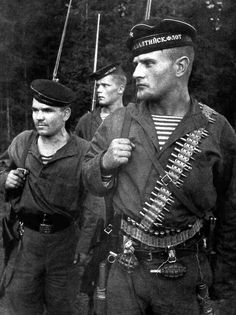 Soviet Marines of the Russian Naval Infantry of the Baltic Fleet.In the foreground (with beard) is Petty Officer Granovsky who was killed in battle 2 February 1944. 31 August 1941.