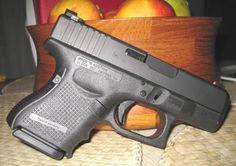 Glock 26 Gen 4 9mm 10rd Find our speedloader now! http://www.amazon.com/shops/raeind