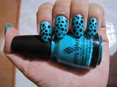 Nails by Tenshi: 31 días de uñas: Día 11, puntos #ChinaGlaze