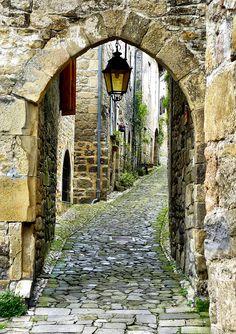 Doorkijkje in Siran Frankrijk