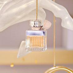 Parfum Chloe, Parfum Rose, Rose Perfume, Perfume Genius, 3d Video, Perfume Reviews, Cosmetics & Perfume, Perfume Collection, Photo Tips
