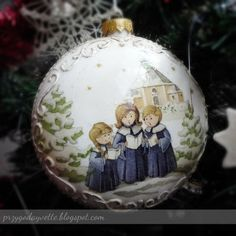 Christmas decoupage bauble idea. May use any other design! - reminder