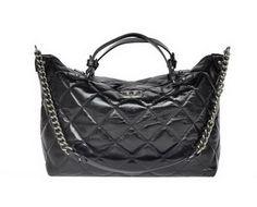 f2768d7682c7 Chanel Sac à bandoulière en cuir noir brillant 68011, replique sac a main  chanel…