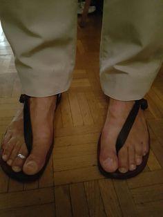 Sandalias huarache con pantalon largo