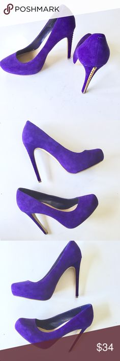 Steve Madden Suede Leather Purple Studded Heels Up for sale in excellent preowned condition pair of Steve Madden Purple Suede Leather Pumps, Size 8.5M. Please see photos for details. Check out my closet, bundle and give me your offer! Steve Madden Shoes Heels