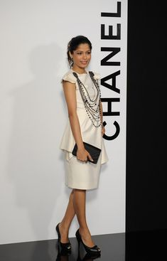 Freida Pinto Photos - 3548 of 4144 Photos  Chanel  Paris Fashion Week  Ready-to-Wear A W 09 9c646ed15f14