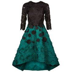 Costarellos Floral Appliqué Wave Hem Dress ($1,585) ❤ liked on Polyvore featuring dresses, floral circle skirt, floral print skater skirt, flower applique dress, floral skater skirt and floral-print dresses