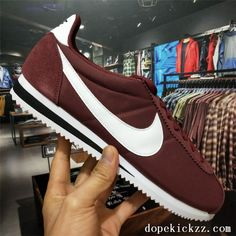 sale retailer 30ec6 3921e 2018 Beautiful Nike Classic Cortez Nylon Girls Casual Shoes Wine Red White  Black Nike Cortez Mens