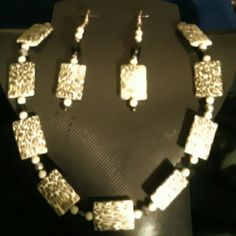 Necklace and Earrings Animal Print with Gray and Black Bead Jewelry Necklaces