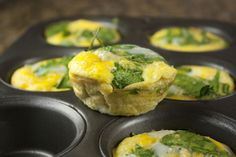 Freezer friendly Oven baked scrambled egg muffins (with spinach and cheese): 350 degrees for 20-22 minutes until they are cooked through.