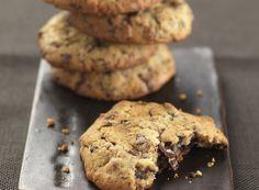 Σερβίρετε τα αγαπημένα σε όλους cookies με κομματάκια σοκολάτας γάλακτος.Πάρτε και άλλες πρωτότυπες γλυκές ιδέες από το glikessintages.gr