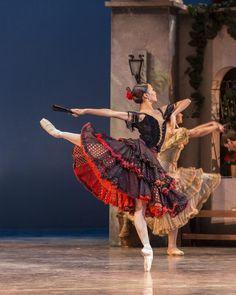 Nutnaree Pipit-Suksun, soloist with Ballet San Jose. Don Quixote.