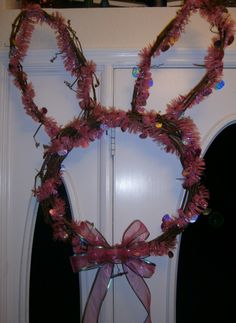 Grapevine wreath, bunny, tinsel..so easy
