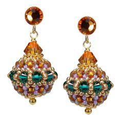 Ohrhänger Rocaille-Glitzerkugel // gold and green bead embroidery earrings | Perlotte Schmuck