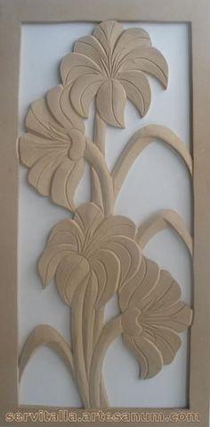 Cuadro lirios tallado en madera - artesanum com #artesaniasenmadera