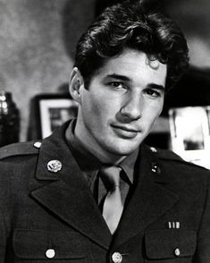 RICHARD, was also a very handsome man when he was young. Hollywood Men, Old Hollywood Stars, Hot Actors, Actors & Actresses, Hottest Actors, Richard Gere Young, Richard Gear, I Movie, Movie Stars