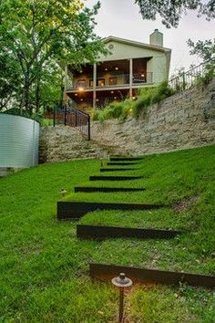 Awesome way to deal with a weird grade. Garden Design / repinned on toby designs