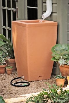 Santa Fe, 47 Gallon Rain Barrel | Buy from Gardener's Supply