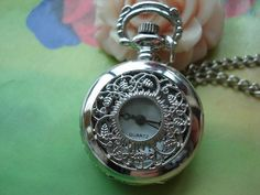 Small Silver White Steel Hollow Trees Branch With Leafs Vines Flowers Steampunk Round Pocket Watch Locket Pendants Necklaces