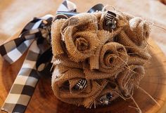 How to make your own wedding burlap flower bouquet