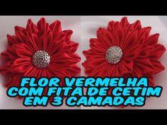 Flor Vermelha com Fita de Cetim em 3 Camadas