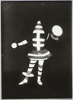 lucia schulz moholy, image from kurt schmidt, 'man at the control panel', 1924 (printed c. 1950). harvard art museums/busch-reisinger museum