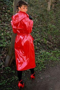 Raincoats For Women Weather Girls Raincoat, Red Raincoat, Vinyl Raincoat, Raincoat Jacket, Plastic Raincoat, Hooded Raincoat, Hooded Cloak, Rain Fashion, Rubber Raincoats