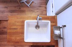 Proyecto de reforma y decoración de cocina by IVM Estudio Luz Natural, Sink, Home Decor, Decorating Kitchen, Studio, Interiors, Sink Tops, Vessel Sink