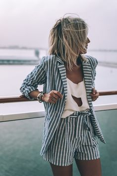 stripe set / white blouse with cutout