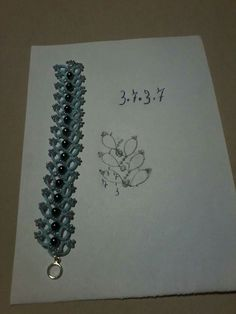 Tatted bracelet pattern