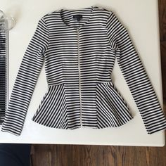 I just added this to my closet on Poshmark: Topshop peplum striped jacket. Price: $25 Size: 2