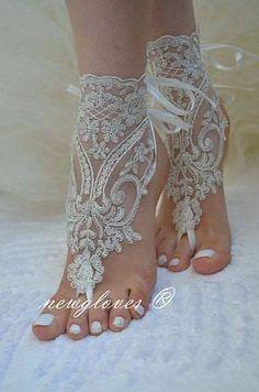 Эстеты Людмила ))))) Lace Wedding Shoes, Flat Bridal Shoes, Boho Beach Wedding Dress, Summer Wedding Dresses, Outdoor Wedding Shoes, Wedding Toes, Designer Wedding Shoes, Bridal Lace, Beach Weddings
