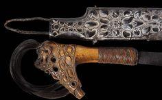 Rare Iban Dayak Mandau or Parang Ilang Sword - Michael Backman Ltd Borneo Rainforest, Indigenous Knowledge, Indonesian Art, Deer Horns, Knives And Swords, Katana, Rare Antique, Carving