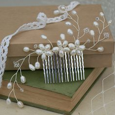 Pearl Hair Comb Bridal Hair Accessories Ivory por jewellerymadebyme