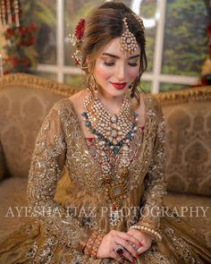 Pakistani Bridal Makeup, Pakistani Wedding Outfits, Bollywood Wedding, Indian Bridal Outfits, Pakistani Dresses, Fancy Dress Design, Bridal Dress Design, Fancy Wedding Dresses, Bridal Lehenga Collection