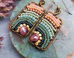 Fourth of July Sale Pre-Order Gemstone Xiola Earrings Wire Jewelry, Jewelry Crafts, Beaded Jewelry, Jewelery, Beaded Bracelets, Diamond Jewelry, Diamond Earrings, Wire Wrapped Earrings, Diy Earrings