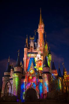 """The nighttime castle projection show: """"Celebrate the Magic"""" has a new summertime theme! Cinderella Castle gets a whole new look during these nightly shows at the Magic Kingdom. This Week In Disney Parks Photos: New Summer Fun Arrives at Disney Parks Disney World Fotos, Disney World Pictures, Disney Magic Kingdom, Disney Love, Disney Art, Walt Disney, Disney Pics, Disney Stuff, Castle Pictures"""