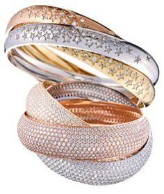 #Cartier lanzó una nueva colección de #alianzas realizadas en oro blanco, amarillo y rosa con estrellas y mucho glamour, perfectas para dar el sí!!! #bodas #weddings