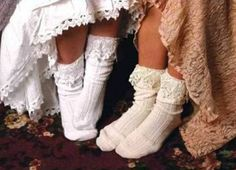 Say hello to the newest love of our life! Slouch Lace Boot Socks are perfect if you are looking for an old-fashioned feel. Looks great with a long cotton skirt or dress and/or short boots. Cream color