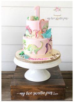 Dinasour Birthday, Girl Dinosaur Birthday, 3rd Birthday Party For Girls, Fourth Birthday, Elmo Birthday, Cake Birthday, Dino Cake, Festa Party, Elmo Party