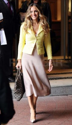 Sarah Jessica Parker in Chanel jacket, Brian Atwood shoes and Louis Vuitton bag
