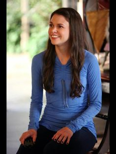 96c7be805b Sutton Foster as Michelle Sims