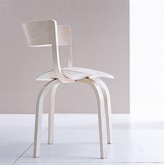 """Stuhl """"404"""" von Thonet, Design: Stefan Diez"""