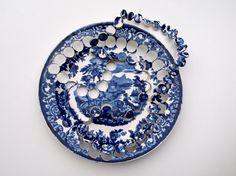 Kitchen ceramic necklace by Gesine Hackenberg