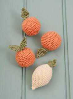 Clementine and Lemon Crochet Free Pattern @ messyla. FREE PATTERN 11/14.