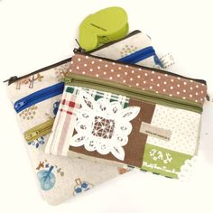Kawaii Crafts, Travel Gifts, Have Some Fun, Zipper Pouch, Pouches, Wallets, Sunday, Tote Bag, Sewing